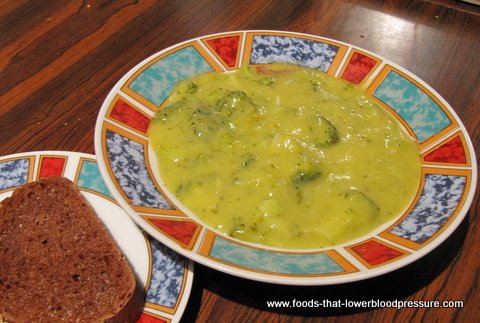Low Fat Broccoli Potato Soup - Dash Diet Meal Recipe